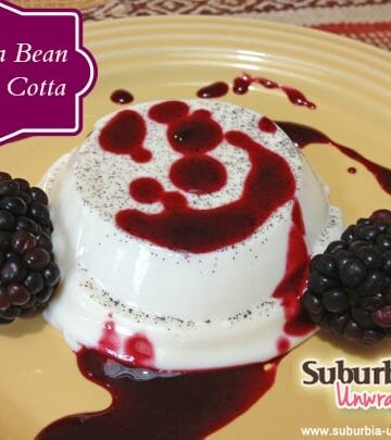 vanillal bean panna cotta with banner