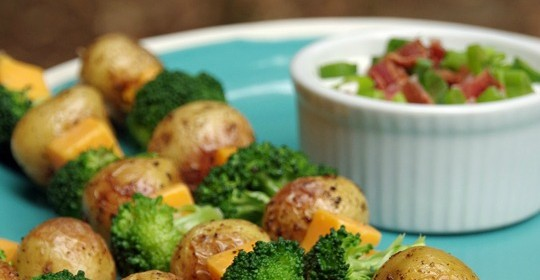 Loaded Baked Potato Skewers #TopTater