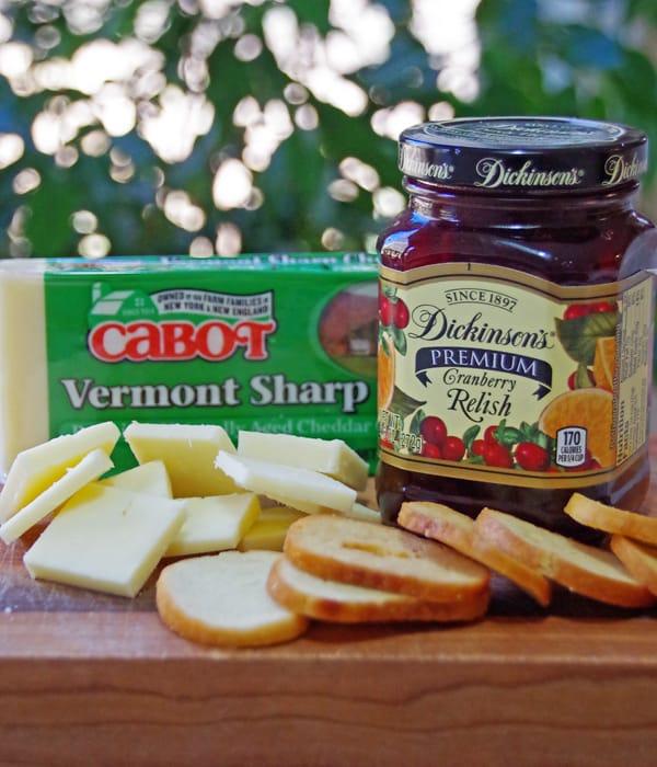 Cranberry Cheddar Bagel Bites Appetizer Recipe