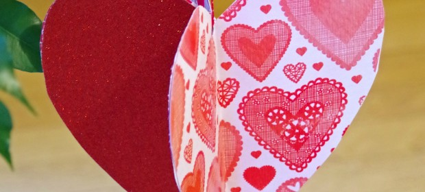 Easy Valentines Day Craft Idea: Make 3D Paper Hearts!
