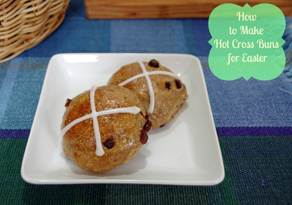 how-to-make-hot-cross-buns-2-1024x719