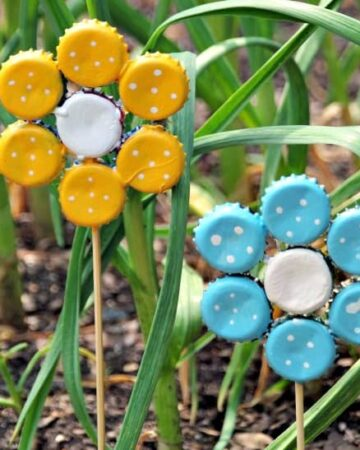 How to Make Bottle Cap Flowers for Frugal DIY Garden Art