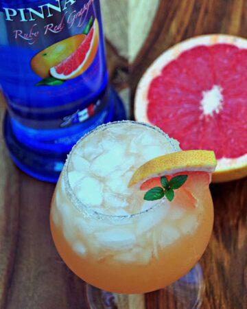 Grapefruit Cocktail Recipe with Pinnacle Vodka 2