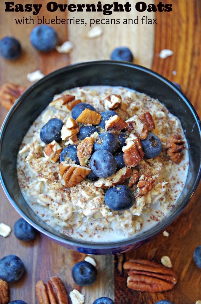 Easy Overnight Oats Recipe with Blueberries, Pecans and Flax Seeds