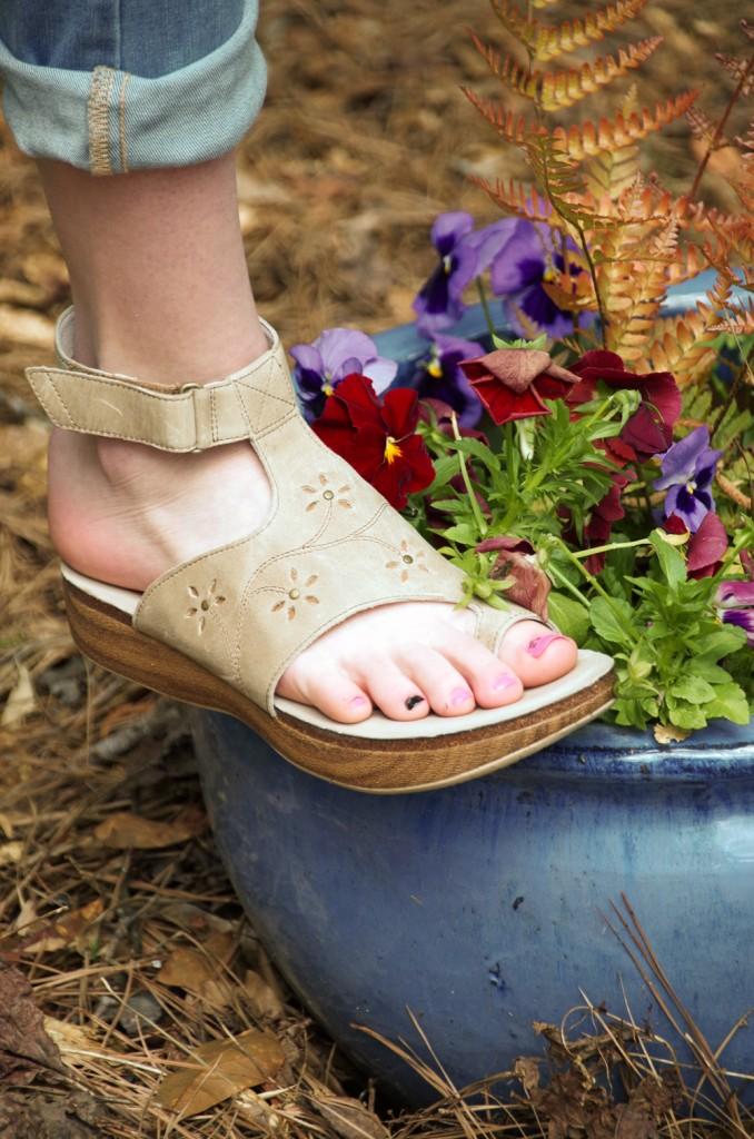 Choosing the best Comfortable Summer Sandals