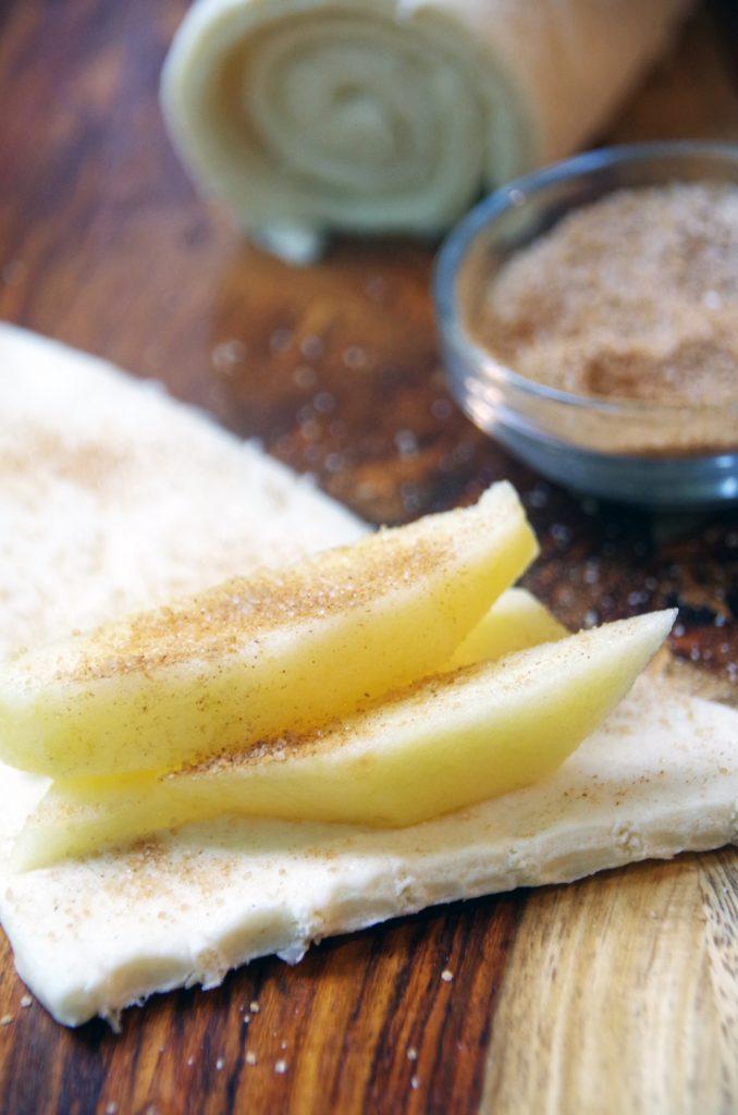 Easy Apple Pie Crescent Roll Recipe