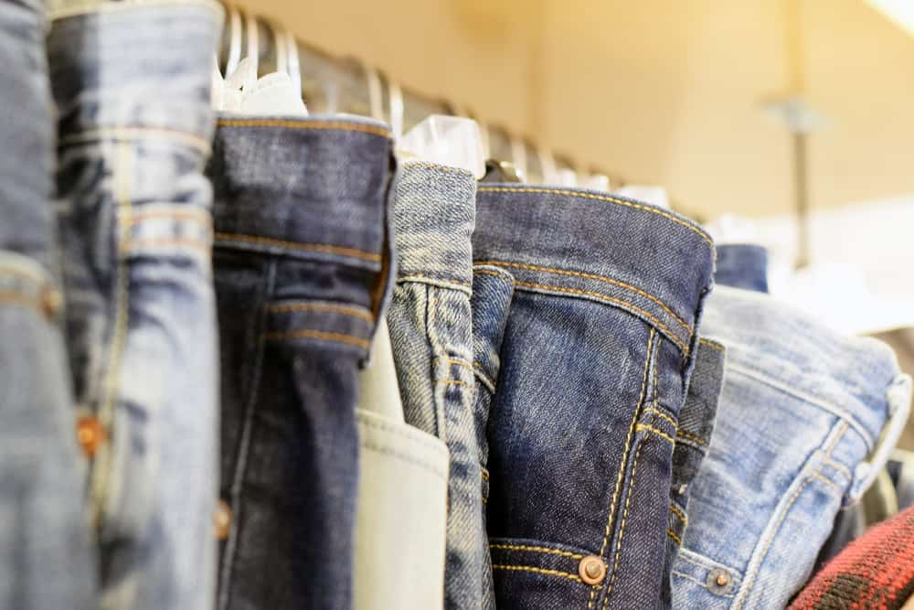 Tips for Saving Money on Clothing for Teens