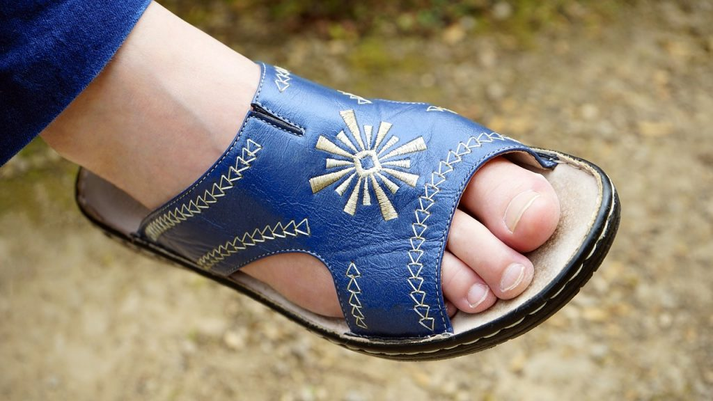 Summer Sandals and Must Have Summer Fashion Accessories for a Bold and Beautiful Wardrobe