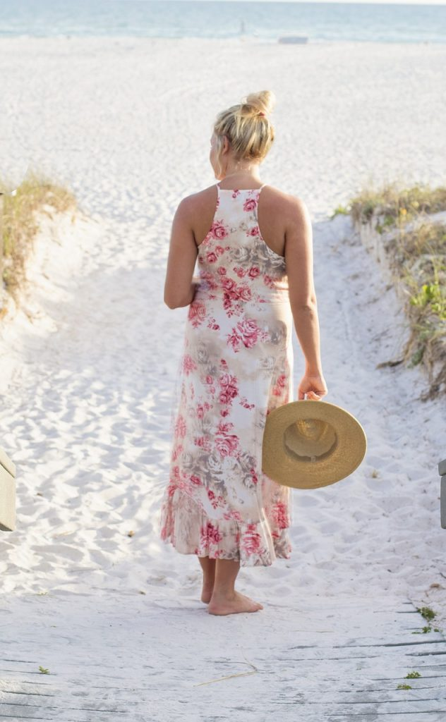 Sundresses and Must Have Summer Fashion Accessories for a Bold and Beautiful Wardrobe