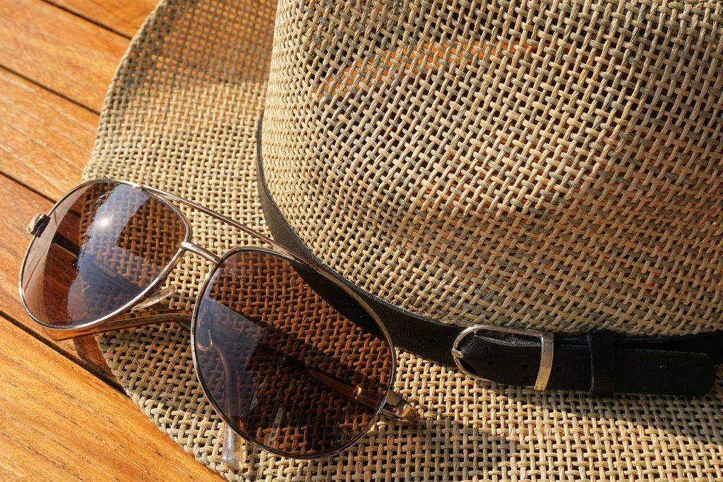 Best sunglasses and Must Have Summer Fashion Accessories for a Bold and Beautiful Wardrobe