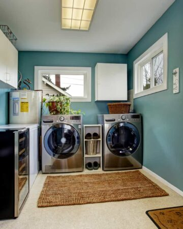Want to organize your laundry room? Try these laundry room organization ideas for a bright and clean space to clean your clothes!