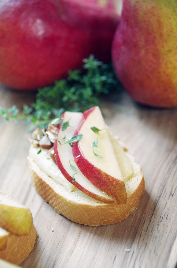 This Pear Crostini Recipe is an Easy Appetizer Idea for Any Occasion!