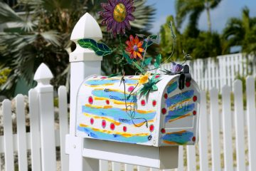 How to Spruce Up Your Mailbox with Very Little Effort!