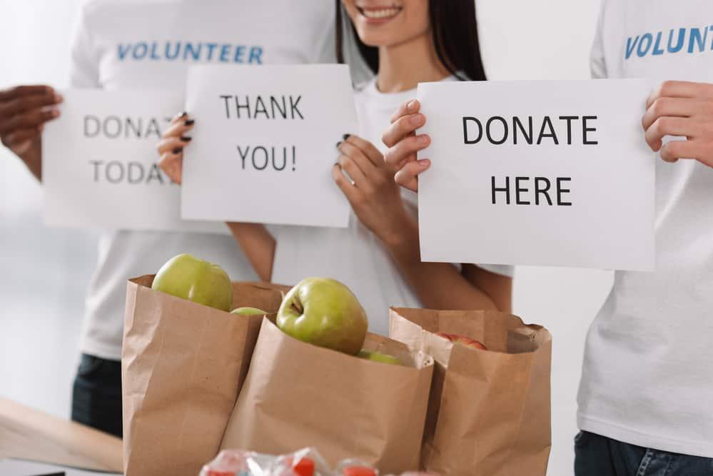 food donation volunteers